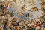 Pintura al fresco en la basílica del Monasterio de San Lorenzo de El Escorial, que representa un rompimiento de gloria